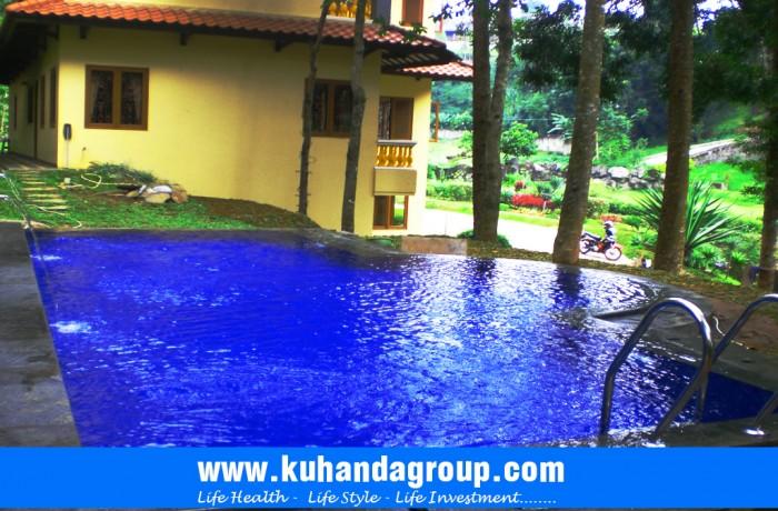 Kolam Renang Villa Fuat Tugu Puncak Bogor